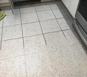Глубокая чистка плитки и швов между плитками